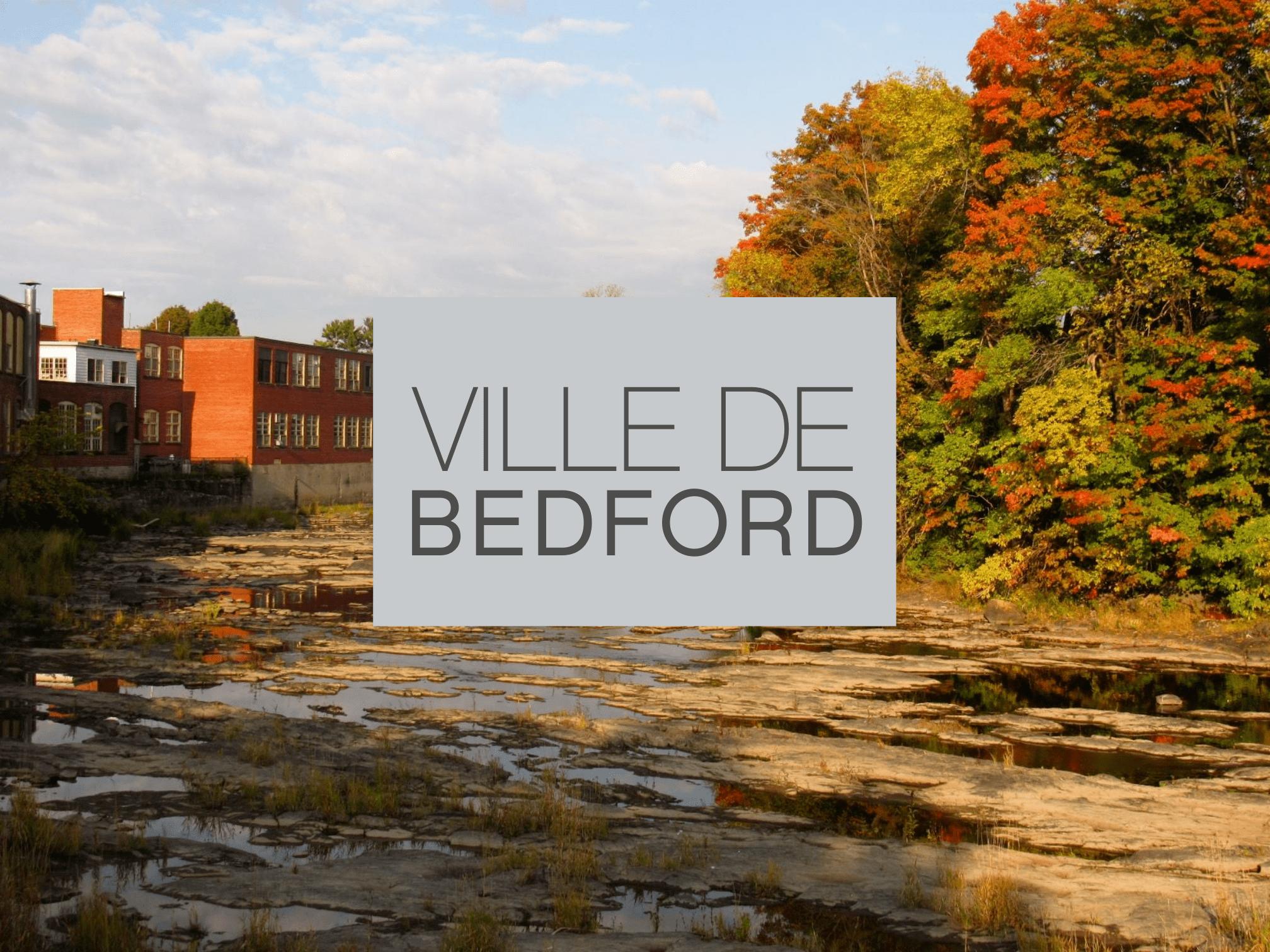 Vue du lac Champlain sur la ville de Bedford