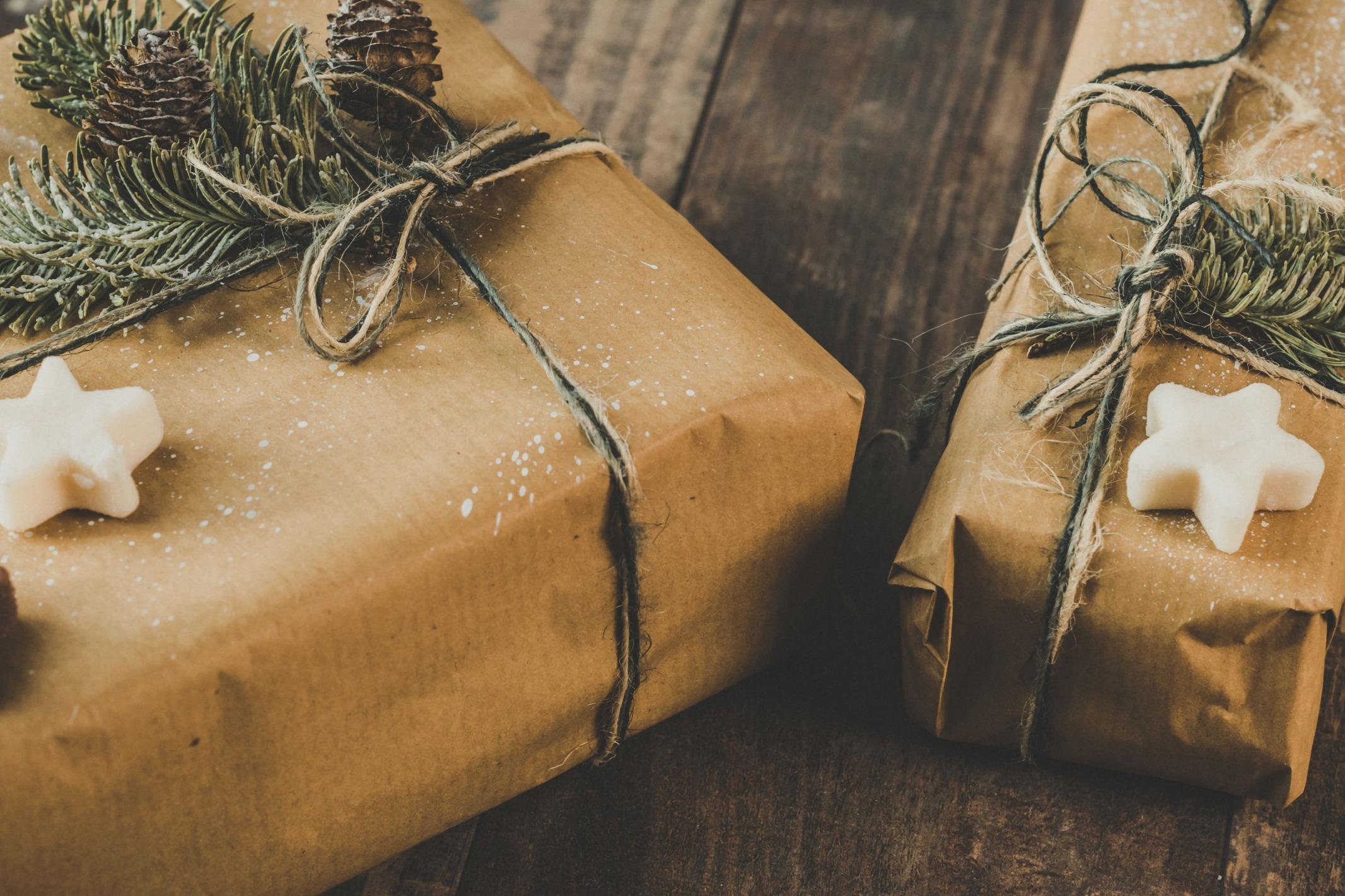 Cadeaux de Noël emballés